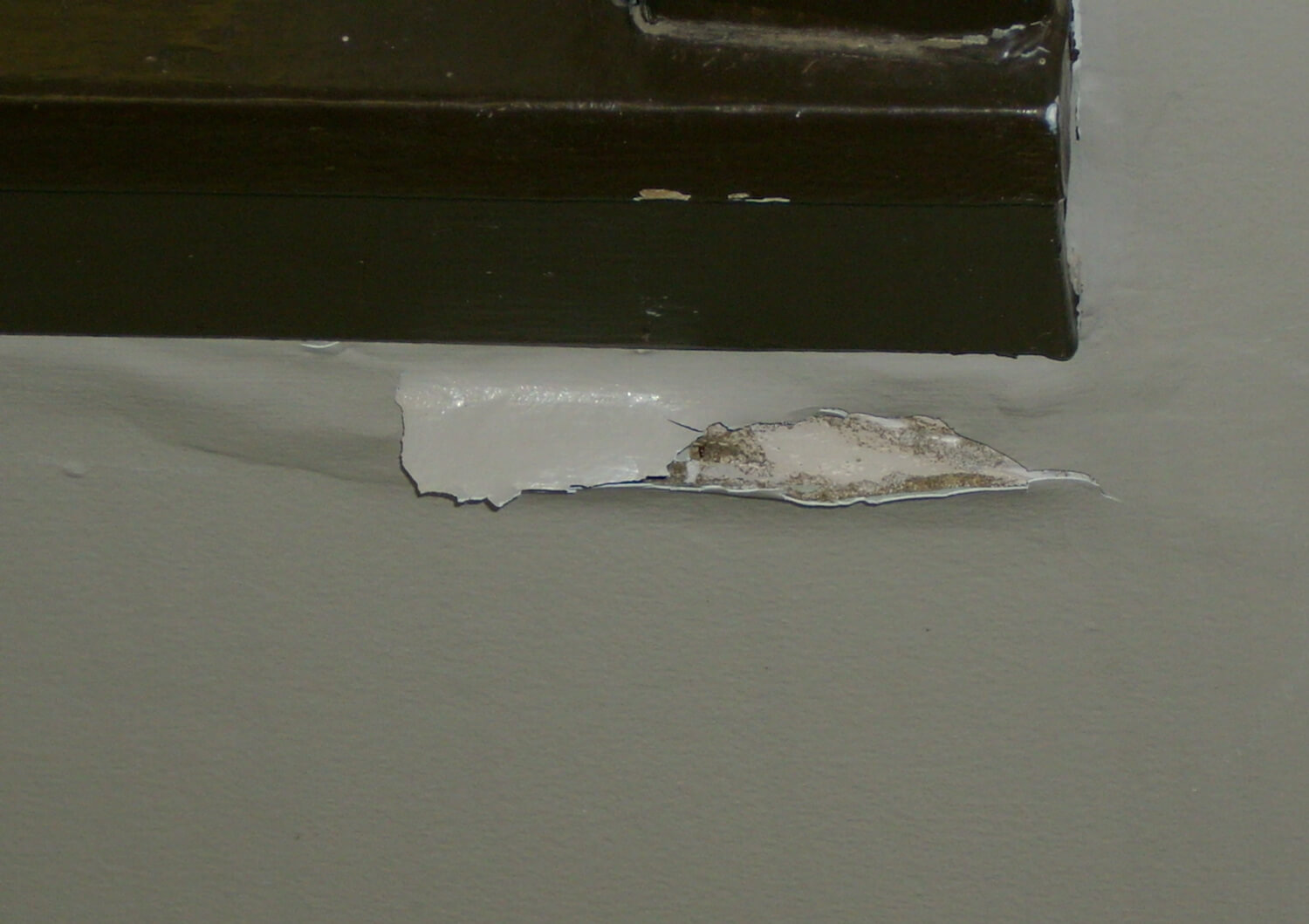 Drooping and sagging drywall from termite damage